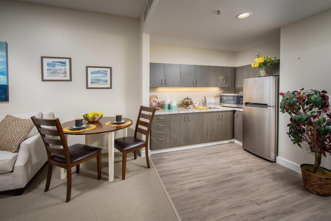 The Trousdale Apartment Kitchenette